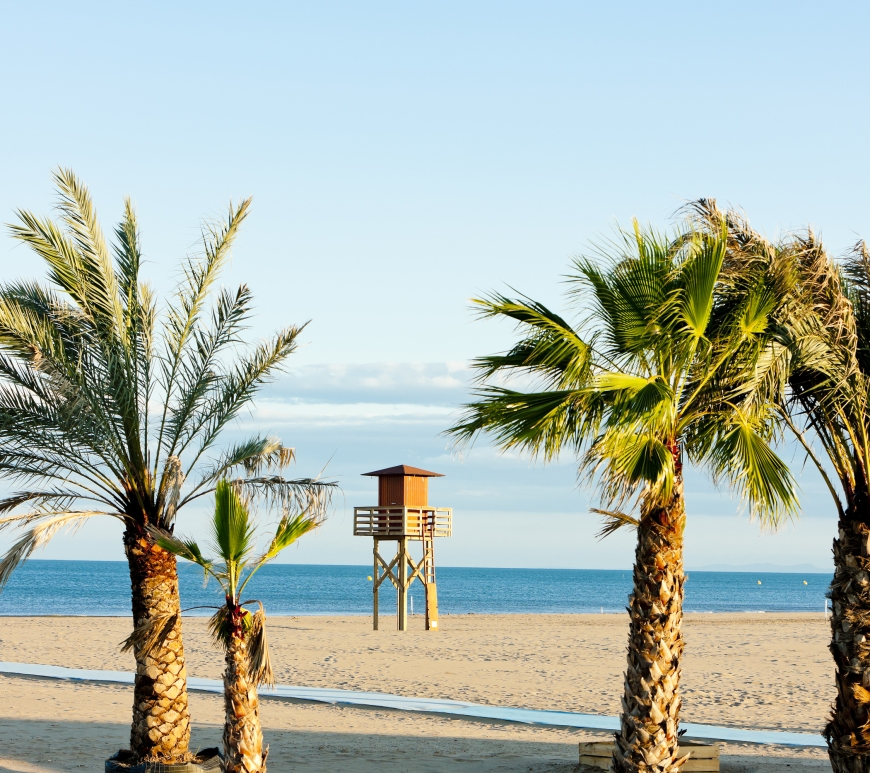 Narbonne Plage (image: Bigstock.com/phbcz)
